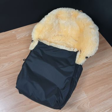 Molly - Black Sheepskin Footmuff